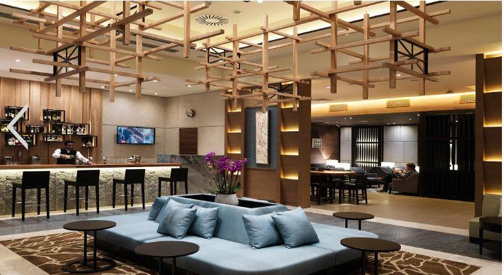 ロンドンヒュースロー空港-Plaza Premium Lounge