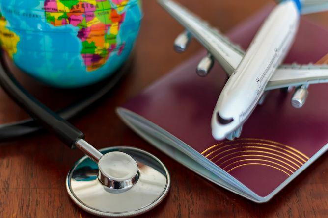旅行傷害保険は国内最高5,000万円・海外最高1億円なんと家族も補償対象